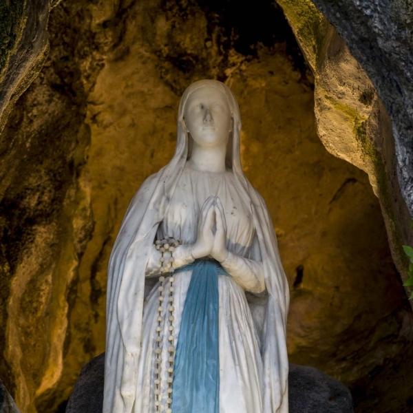Chapelet de nuit de Lourdes – Radio Notre Dame